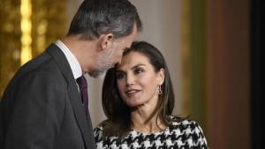La reina Letizia y el rey Felipe durante la entrega de la Medalla de Oro al mérito en las Bellas Artes