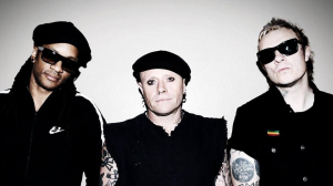 Keith Flint junto al resto de integrantes de The Prodigy