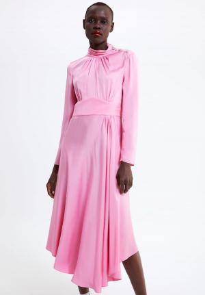 Vestido de Zara de inspiración retro
