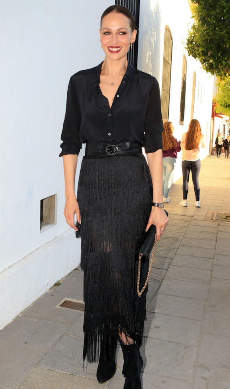 gama muy codiciada de ahorrar precio asombroso La falda de flecos de Eva González es de Zara y está por ...