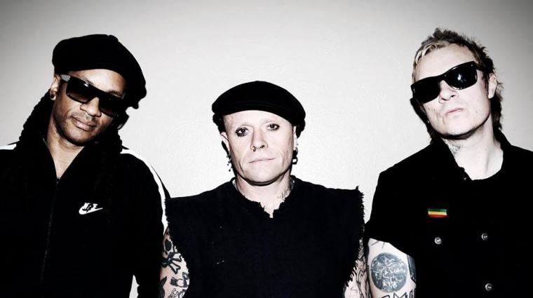 Keith Flint junto al resto de integrantes de The Prodigy