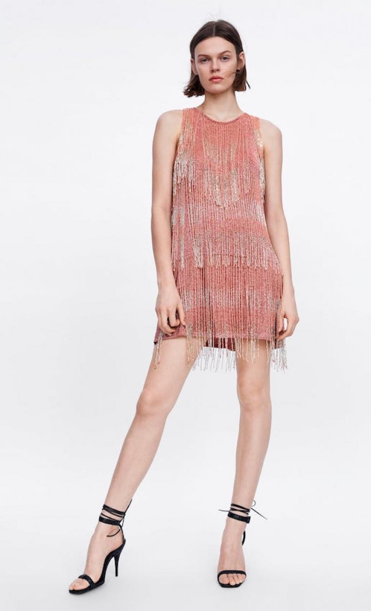 retro excepcional gama de estilos y colores varios colores Este vestido de Zara es el mejor de la tendencia de flecos ...