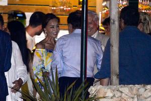 Isabel Preysler y Mario Vargas Llosa en la pre-boda de Manuel Valls y Sussana Gallardo