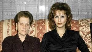 Yurena y su madre Margarita Seisdedos