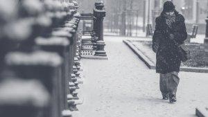 Si salimos a la calle con mucho frío, debemos llevar ropa de abrigo adecuada