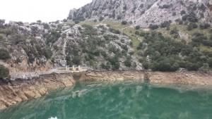 Aspecto como luce uno de los embalses de Mallorca, al 64% de las reservas