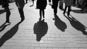 Las sombras de las personas han desaparecido temporalmente en muchos puntos de México