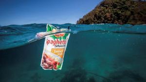 Los residuos humanos llegan hasta lo más profundo del océano, a más de 11.000 m de profundidad