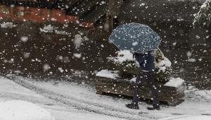 La nieve está causando muchos problemas y cae en zonas más pobladas