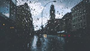 Llega un nuevo sistema frontal que dejará un día gris y lluvioso para terminar la semana