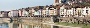 El riu Segre al seu pas per Balaguer, la capital comarcal de la Noguera