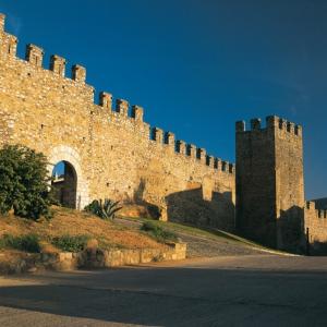 Muralla de Sant Jordi de Montblanc, capital de la Conca de Barberà