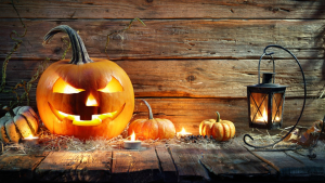 Read these halloween quotes that will get you in the spooky mood.