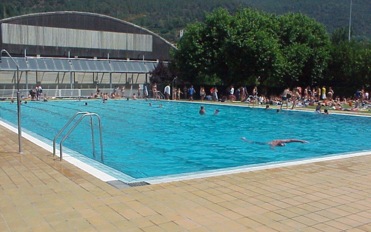 dissabte entrada gratis a la piscina municipal de la seu