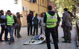 Cinc homes i quatre dones jutjaran l'acusat de matar la seva exparella al barri de la Mariola de Lleida