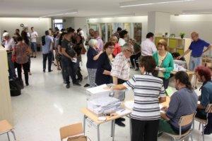 Les comarques de Lleida registren una participació del 33,81% fins a la una del migdia, la més baixa de Catalunya