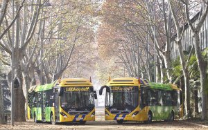 Lleida estrena 10 nous autobusos, dels quals 8 són híbrids