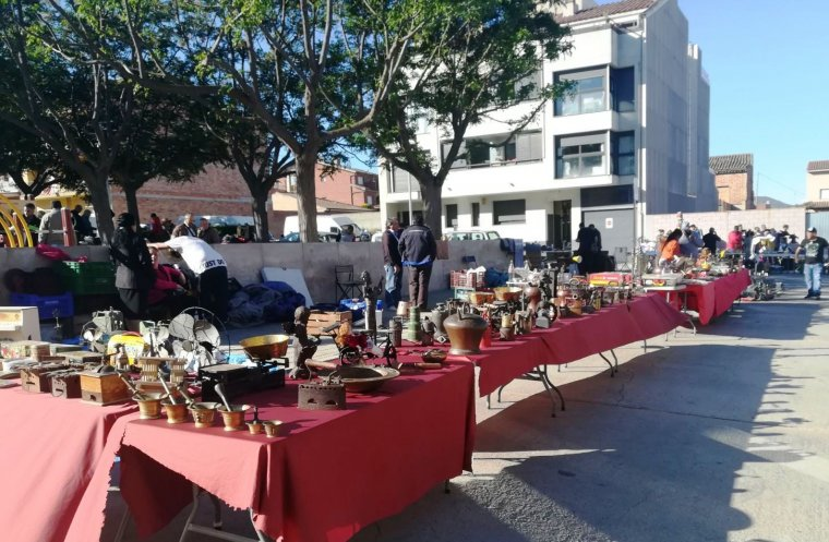 El mercat d antiguitats dels diumenges a les borges - El tiempo les borges blanques ...
