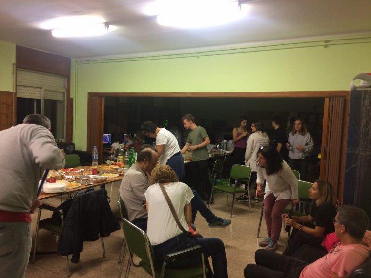 Al Joan Oró, els participants en la 'tancada' han compartit sopar.