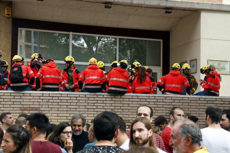 Imatge dels Bombers a la seu de Salut a Lleida