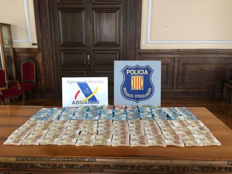 Imatge dels diners trobats