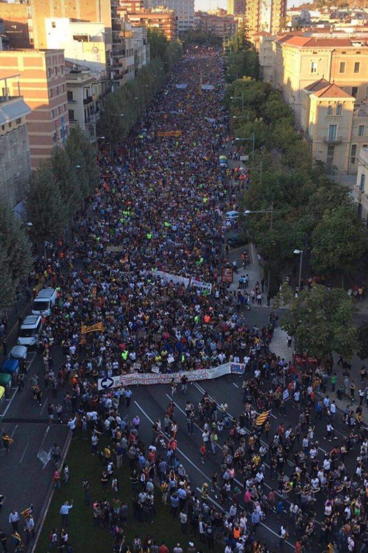 Lleida condemna les càrregues policials de l'1-O