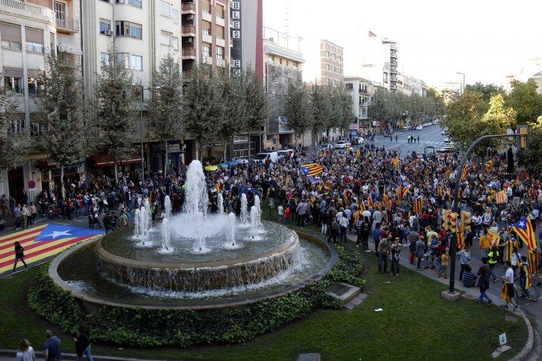 Més d'un miler de persones han celebrat la República a Lleida.