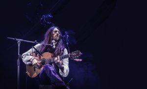 Estas Tonne, durant un concert la tardor de 2017 a Tallinn