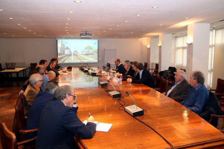 Els participants al taller ferroviari organitzat per la Fundació Cercle d'Infraestructures a la Cambra de Comerç de Lleida