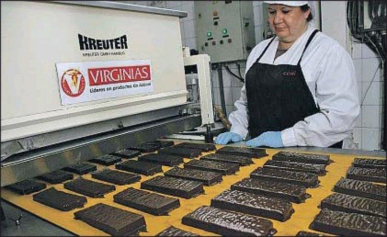 Imatge d'arxiu de l'interior d'una fàbrica de Virginias