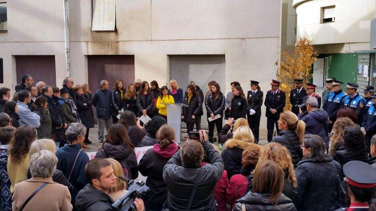 Imatge de l'acte de commemoració a Lleida del Dia internacional per a l'eliminació de la violència envers les dones