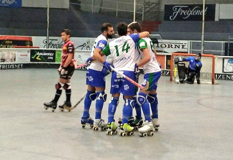 Jugadors de l'ICG Software Lleida celebrant un gol.