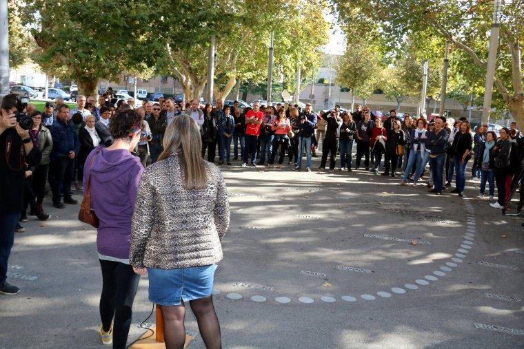 Un instant de la concentració celebrada el 3 de novembre del 2017 davant del Rectorat de la UdL per denunciar l'empresonament dels consellers destituïts i de Sànchez i Cuixart.