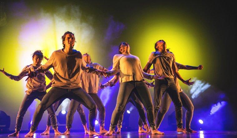 Una coreografia del 'The Best On' 2016