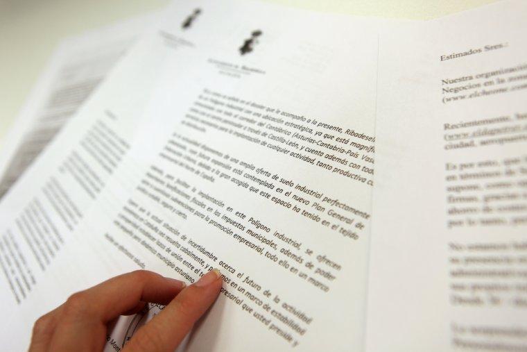 Una de les cartes en què un ajuntament espanyol ofereix incentius a empreses catalanes