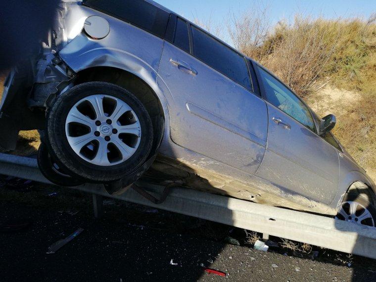 Fins a tres vehicles s'han vist implicats en el xoc.