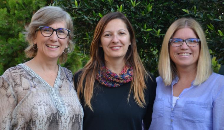D'esquerra a dreta les llevadores Sònia Capdevila, Cristina Barana i Maria Jounou