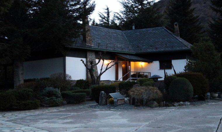 Imatge de la propietat que el senyor Josep Beso ha deixat a la seva família i en cas de venda l'únic propietari pot ser l'Ajuntament d'Esterri per 150.000 euros.