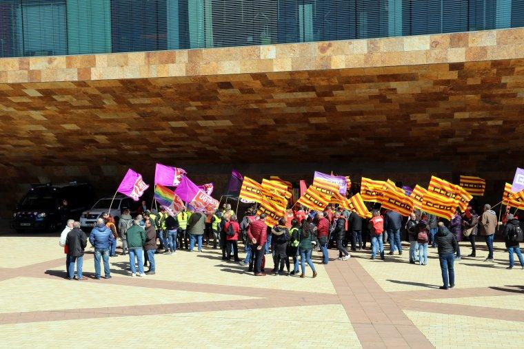 Imatge dels treballadors en la protesta