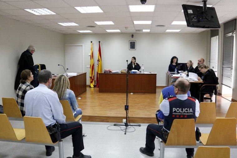 Imatge general del penal 3 de Lleida durant el judici a l'acusat d'apunyalar mortalment a un home en una baralla a Albatàrrec