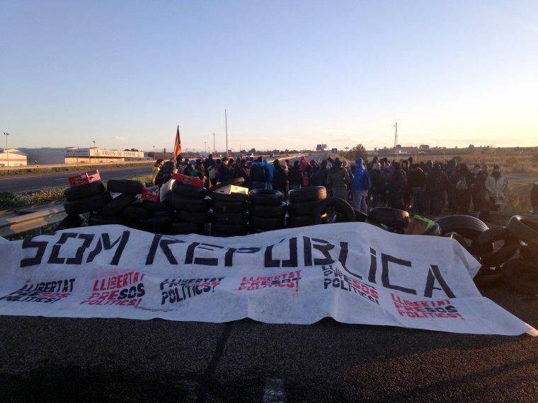 Les protestes s'han iniciat aquest dilluns al voltant de les 07.30 hores.