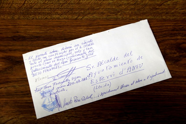 Primer pla de la carta que el senyor Josep Beso va deixar per l'Ajuntament d'Esterri d'Àneu
