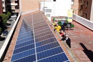 Les plaques solars instal·lades a la teulada de les Llars del Seminari de Lleida
