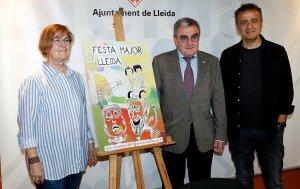Pla americà de la tinent d'alcalde Montse Parra, l'alcalde de Lleida, Àngel Ros, i l'autor del cartell de la Festa Major 2018 Jordi Jové