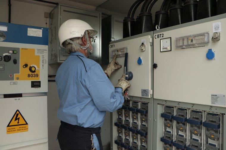 Imatge d'un dels dos centres de transformació que Endesa ha enllaçat amb una nova línia elèctrica