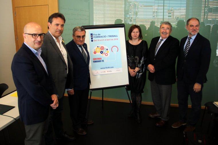 L'alcalde de Lleida, Àngel Ros, amb el representant de la Diputació de Lleida, Josep Ibarz, i altres autoritats