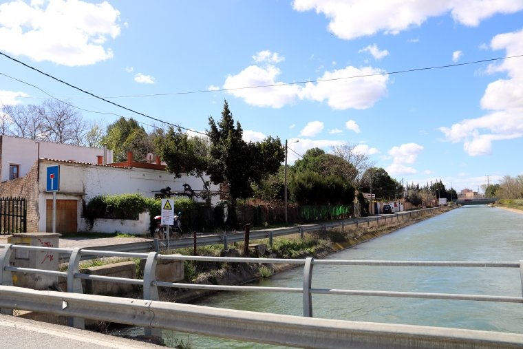 Lloc on un home s'ha suïcidat després d'amenaçar el director d'una empresa de Lleida amb una pistola