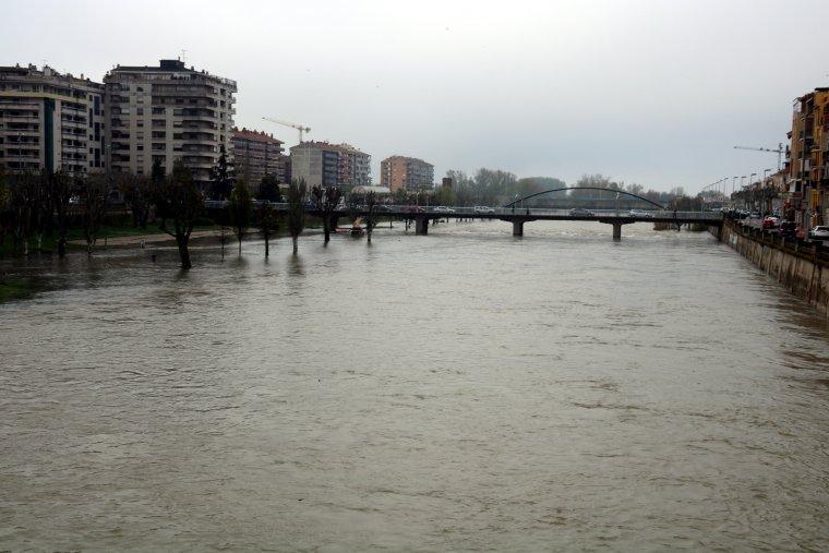 Pla general del riu Segre a Balaguer