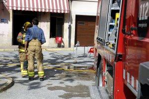 Imatge del bar cremat a Verdú.
