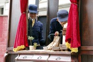 Un moment de l''Kumulunimbu', representació que s'emmarca en la Fira de Titelles de Lleida.